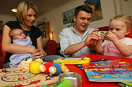 Cutdown on childcare costs/Google Images