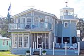 Stayz captain's cottage